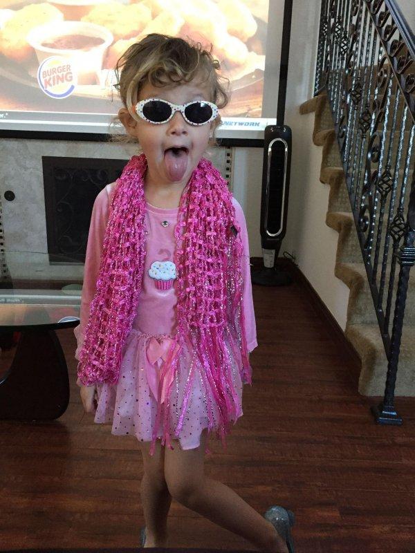 Colette dressed herself up.