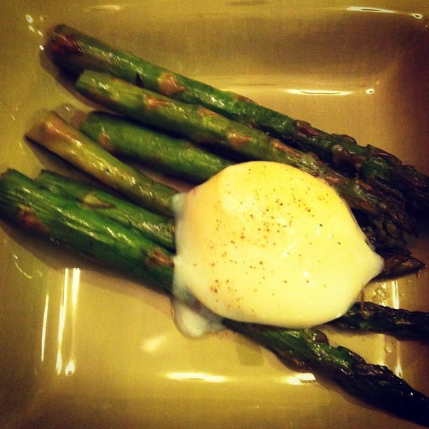 Asparagus with sous vide egg. Tasty.